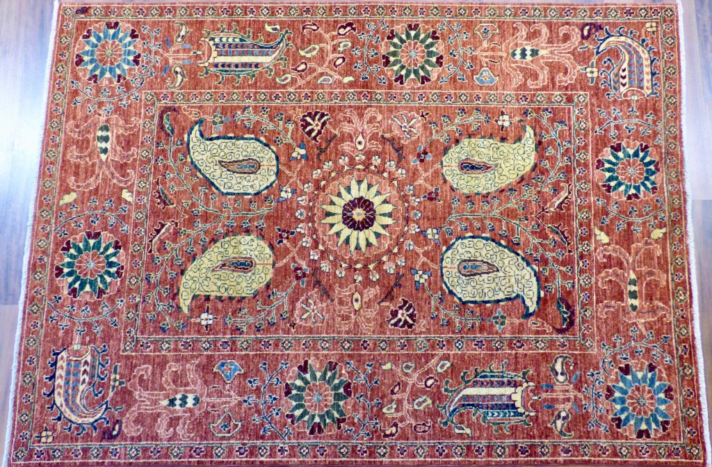 Example of Turkmen Rugs Shah Style